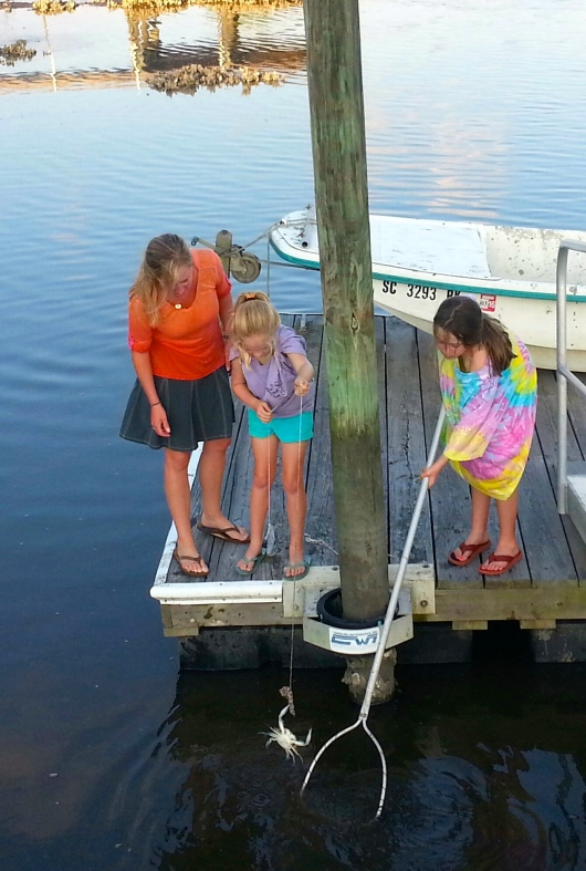 Jennifer crabbing with the girls...